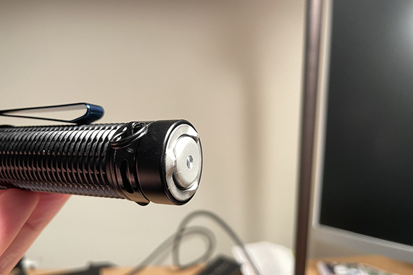 Based prongs on Warrior Mini 2 flashlight
